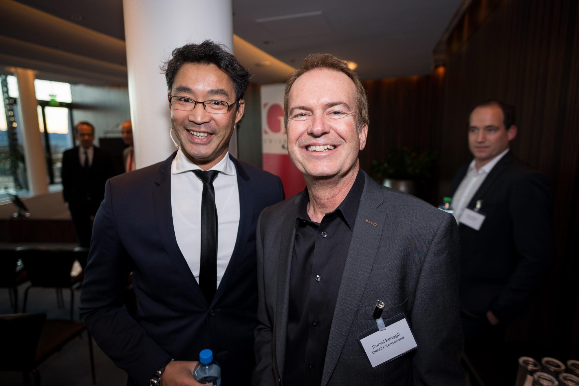 Dr. Philipp Rösler (Leiter der Stiftung des chinesischen HNA-Konzerns), Daniel Renggli (ORACLE Switzerland)